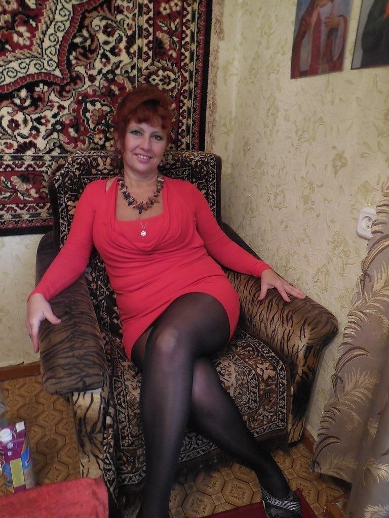 два зрелые дамы русские женщины много мужчин