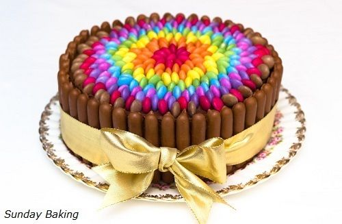 Tarta de cumpleaños de Sunday Baking