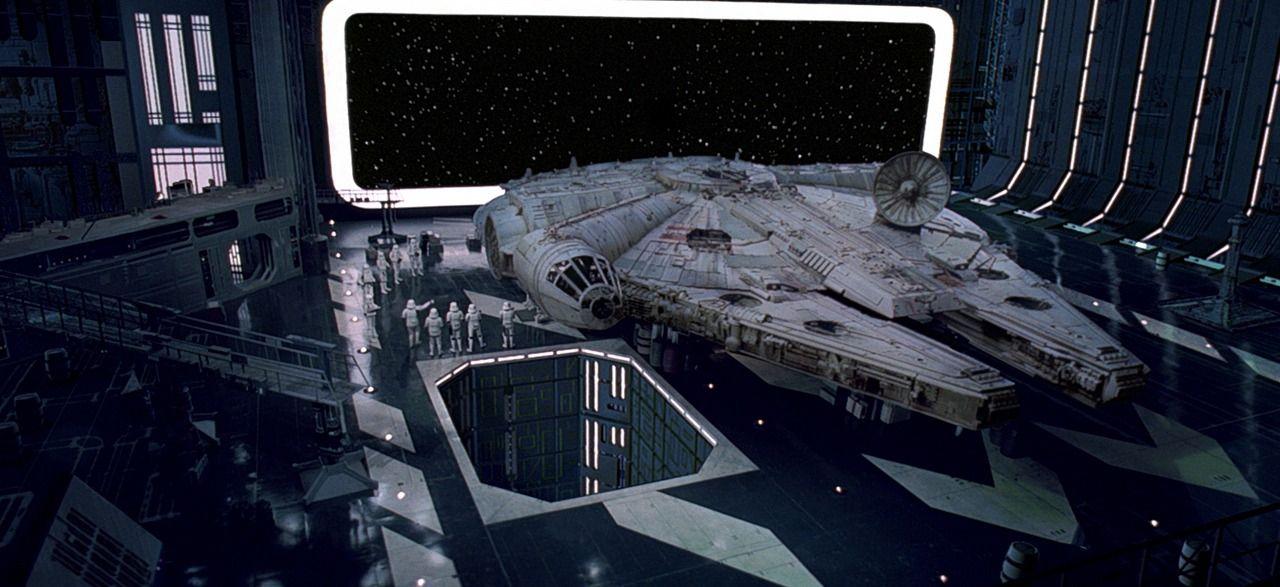 Resultado de imagem para star wars episode 4 death star millennium falcon