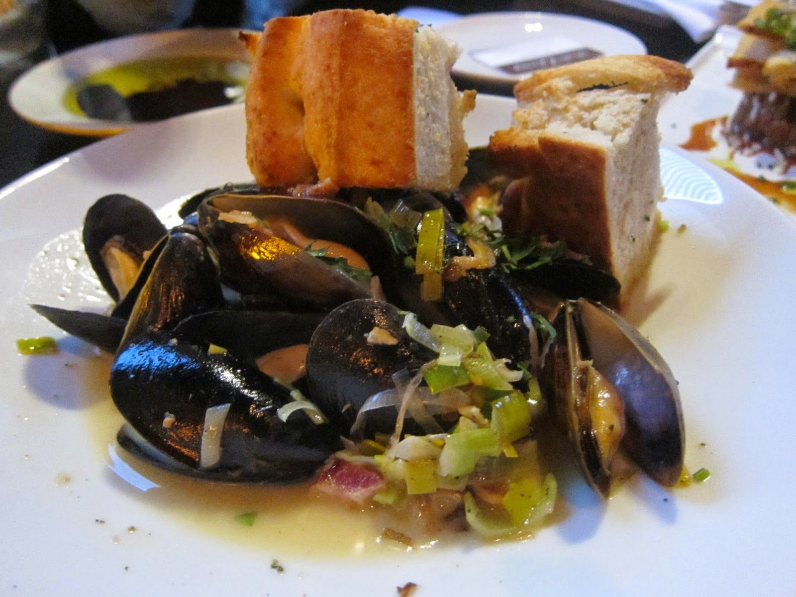 P.E.I. Mussels at Orta in Pembroke, Mass. | The Economical Eater