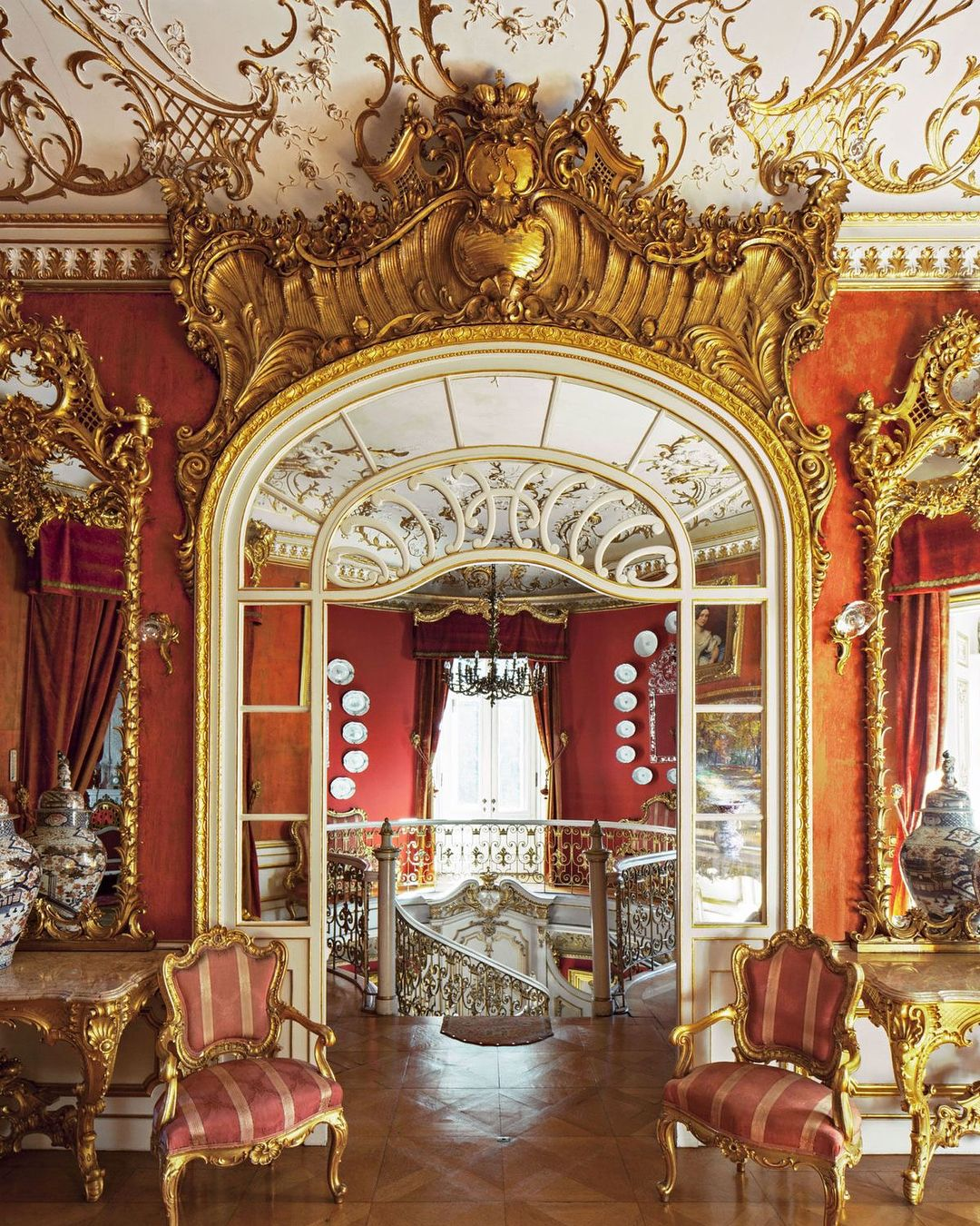 Thurn Und Taxis Schloss Schloss St Emmeram Estate In Germany The Thurnundtaxis Family S Country Palace Interior Royal Castles Interior Castles Interior