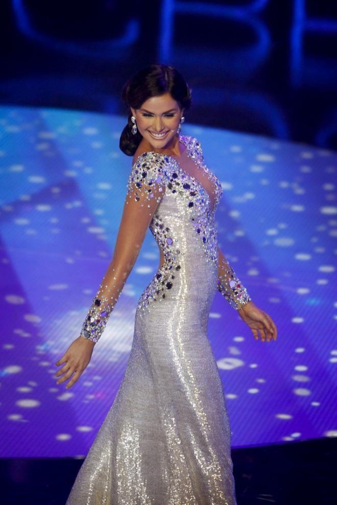Irene Esser Miss Venezuela 2012 | Smoking Haute Couture! | Pinterest