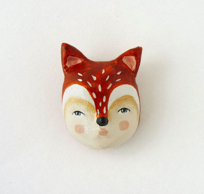 Fox face brooch - Woodland creature pin - paper clay brooch