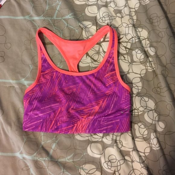 Champion sports bra size small Champion sports bra size small reversible!!! Champion Intimates & Sleepwear Bras