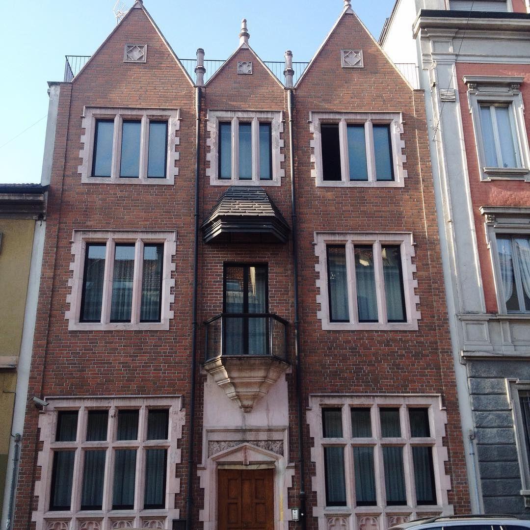 L'istoria della Casa 770                I Lubavitcher sono