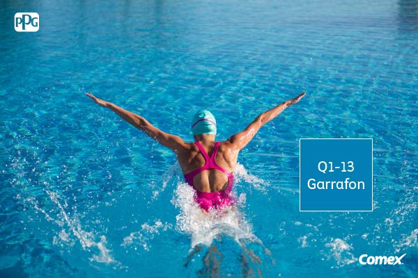 Sumérgete en un mundo color azul y desconéctate de todo lo demás, practicando natación.  #ApoyamosElDeporte