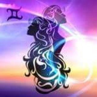 PROPIEDADES DE LAS PIEDRAS SEGÚN TÚ #HORÓSCOPO #Géminis Ámbar: mejora y fomenta la confianza la autoestima y la creatividad. Calcedonia: aporta paz y tranquilidad. Cristal de roca: ayuda a ordenar los pensamientos aporta claridad. Aguamarina: fomenta la tranquilidad. Ojo de tigre: fomenta la confianza mejora la autoestima y es fortalecedor. #astrologia #tarot #tarotcards #tarotread #esoterismo #cartomancia #tarotdeldia #rt #aries #Tauro #Géminis #Cáncer #Leo #Virgo #Libra #Escorpio…