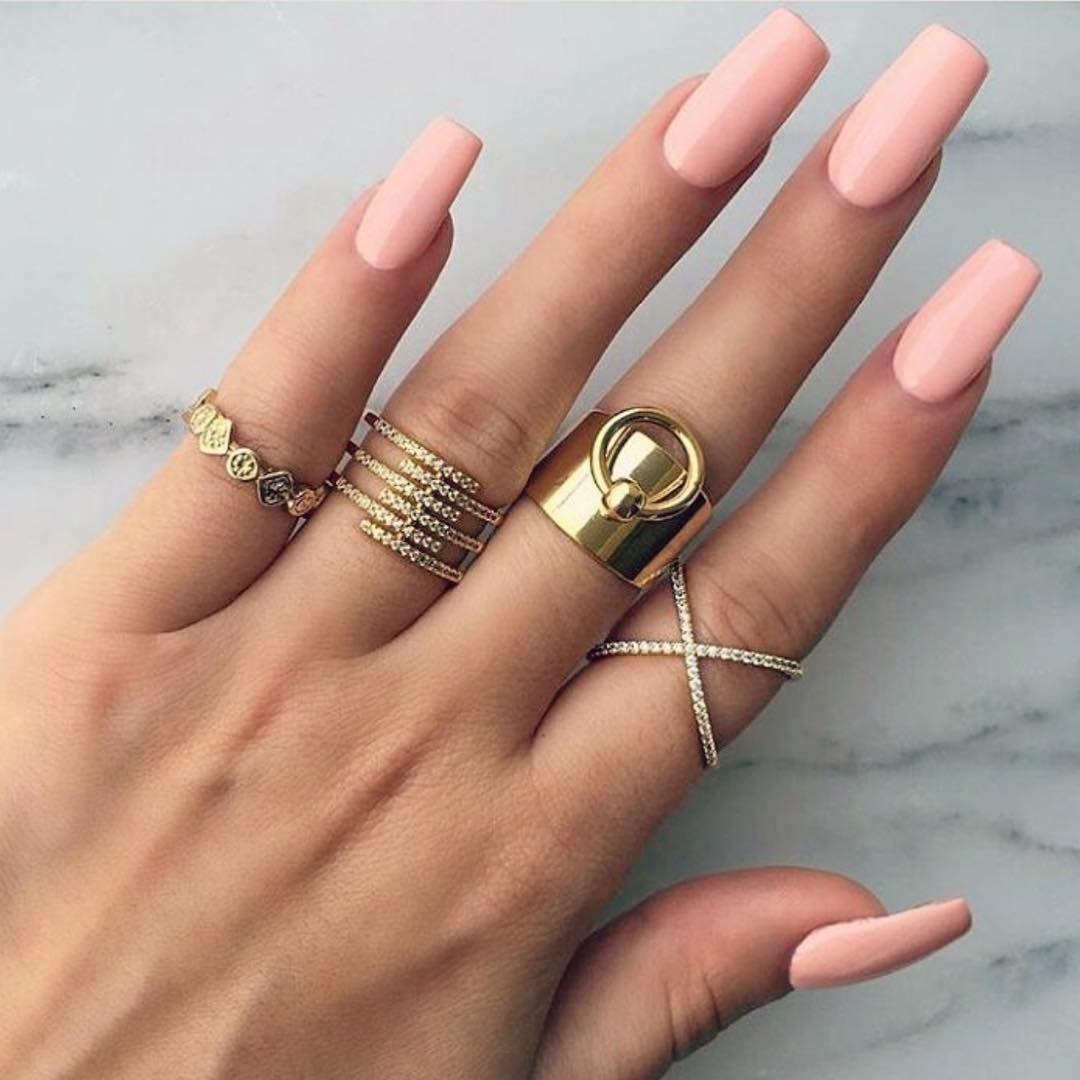 Amrezy Glam Goals Amrezy Beauty Glamrezy Nails Mua Fashionamore Fashio Spring Nail Art Pink Gold Nails Spring Nail Trends