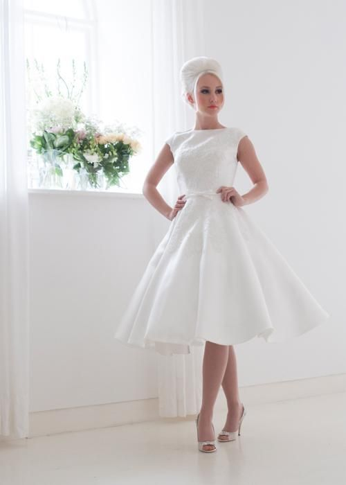 Fancy White Rose Lilyanna Tea Length Wedding Dress With Lace Overlay Cap Sleeve lbs