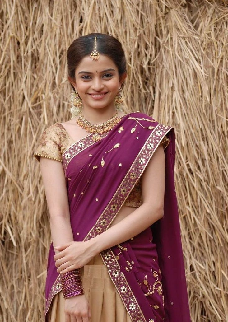 Half Saree Modelses Hd Wallpapers For Mobile Saree Models Computer Wallpaper Half