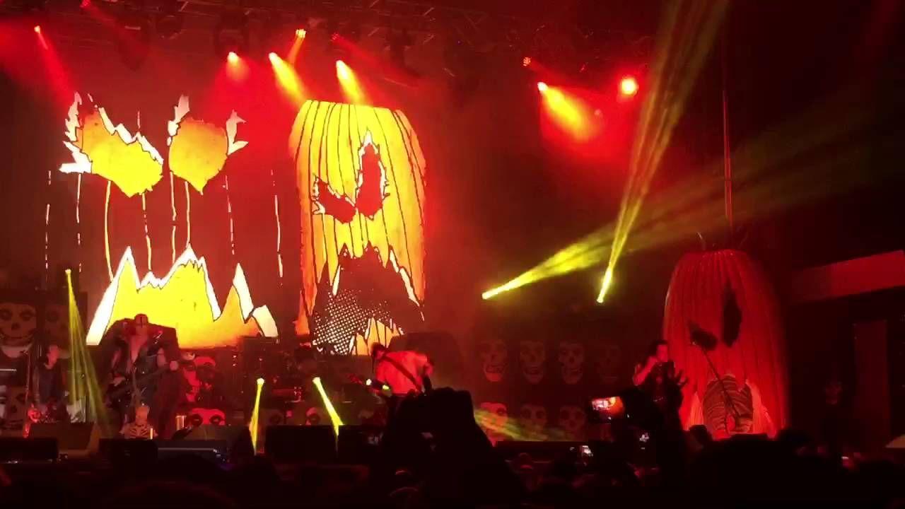Misfits - Halloween (Denver Riot Fest)   music   Pinterest   Songs