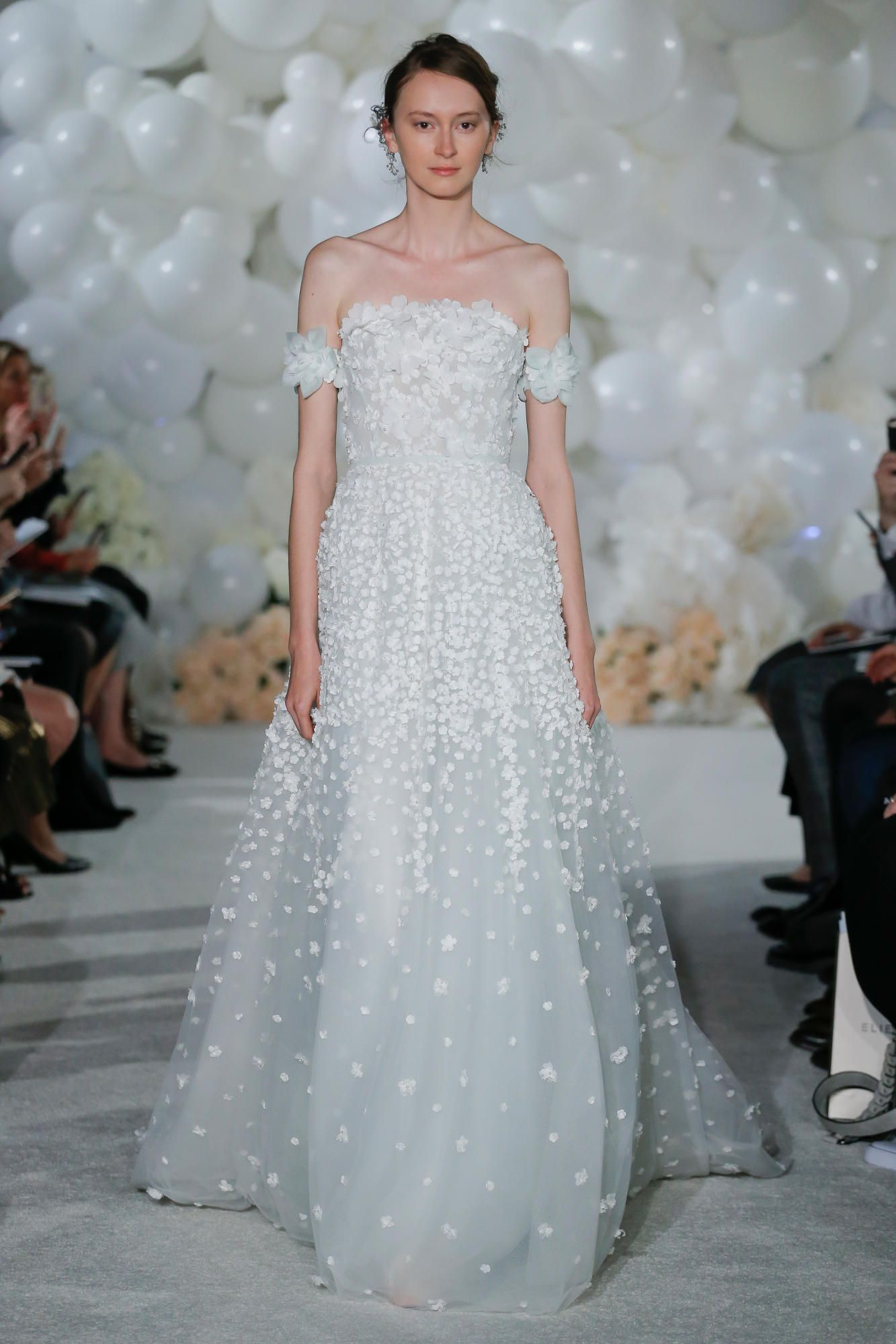 The 11 Best Bridal Trends for Spring 2018 Are Surprisingly Timeless