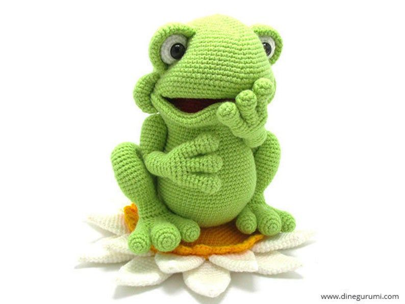 Prince Perry the Amigurumi Frog - PDF crochet pattern by Airali design | 596x794