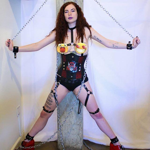 Bbw gothic slave
