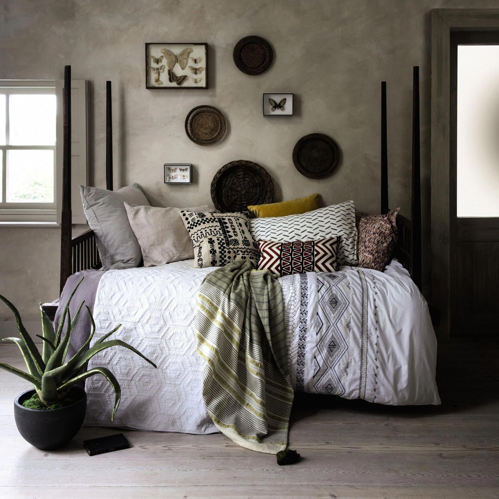Geometric prints looks great in a Scandi scheme. If you are going for a very modern take on the look, you can introduce bright colour accents, but for a cosier look, try muted, natural tones, or geometric knits and fabrics.  #bedroom #swedishhome #scandi #scandistyle #scandibedroom #bedroominspiration #homeinspiration #periodhomes  #geometricprints
