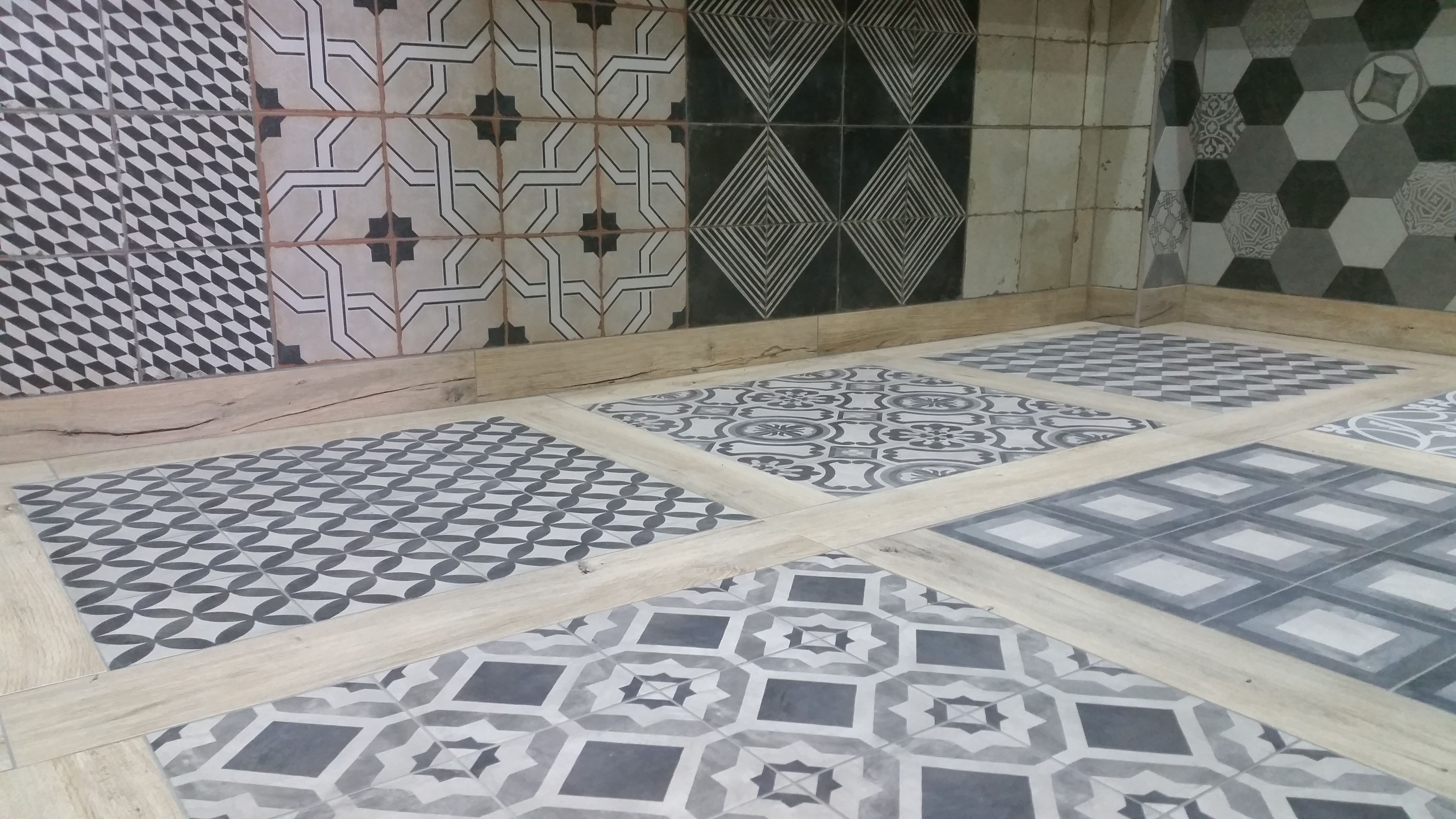 Discount Tile Depot display in York. | Patterns & Patchwork designs ...
