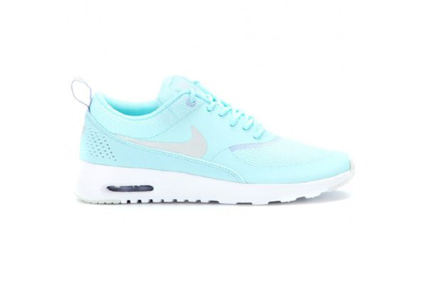 check out 37c90 0f4ba Nike Roshe Run Sneakers