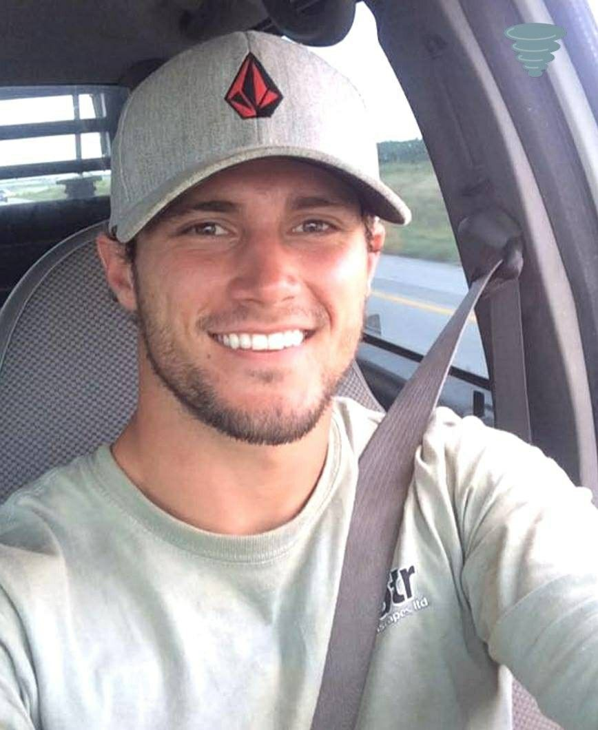 Pin by Danny williams on Hot guys wearing baseball caps  cf618eff96c