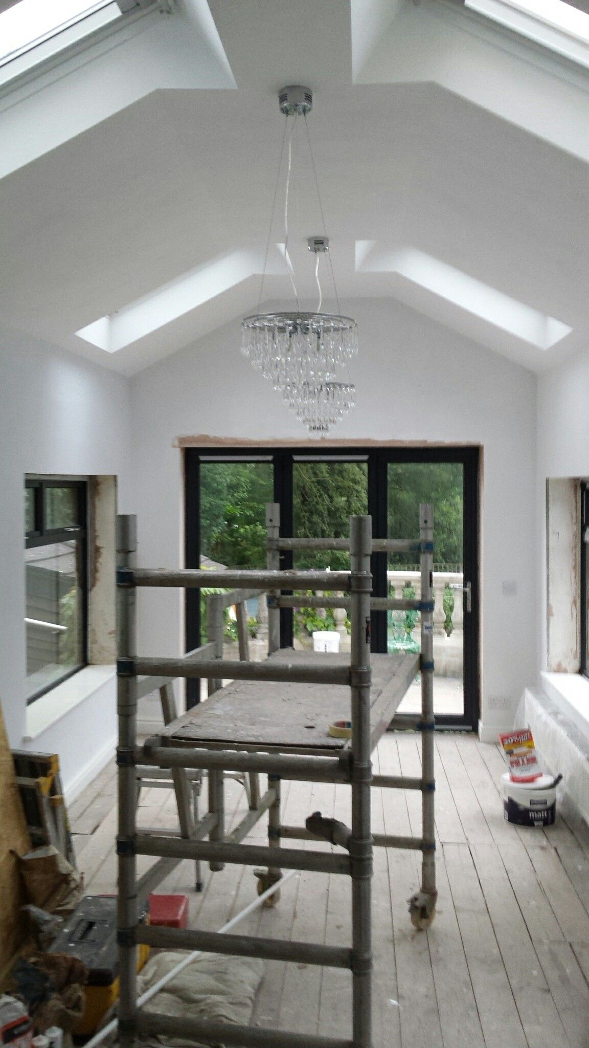 From Closed In Flat Roof To A Lovely Open Vaulted Ceiling Vaulted Ceiling Kitchen Modern Roofing Flat Roof Extension