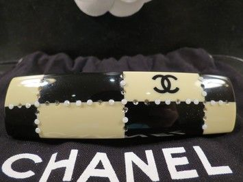 "WOMENS AUTHENTIC CHANEL BLACK & OFF WHITE ""CC"" HAIR BARRETTE $340"