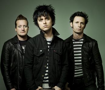 Green Day #Band #PunkRock #Rock #RockEnSeine #MacbethFootwear #BillieJoeArmstrong #TréCool #MikeDirnt