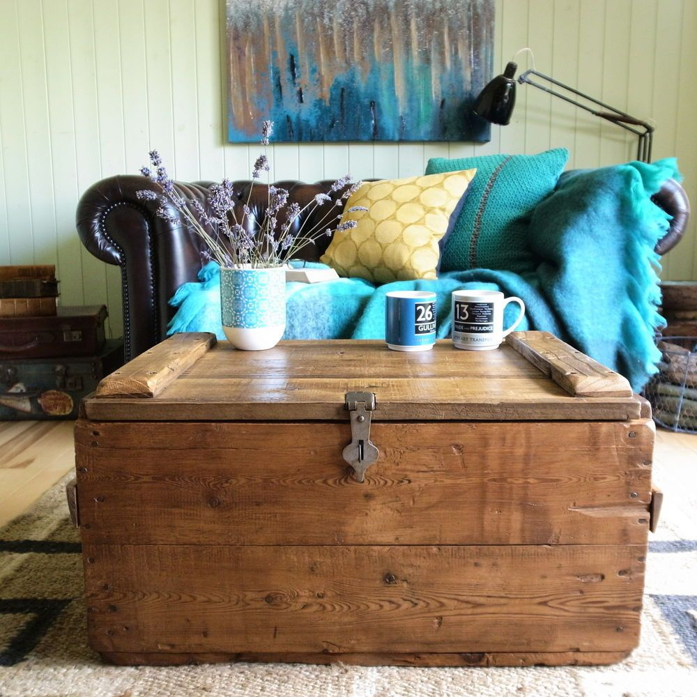 INDUSTRIAL Vintage FACTORY Pine PLANK Shipping CHEST Rustic STORAGE Trunk  TABLE
