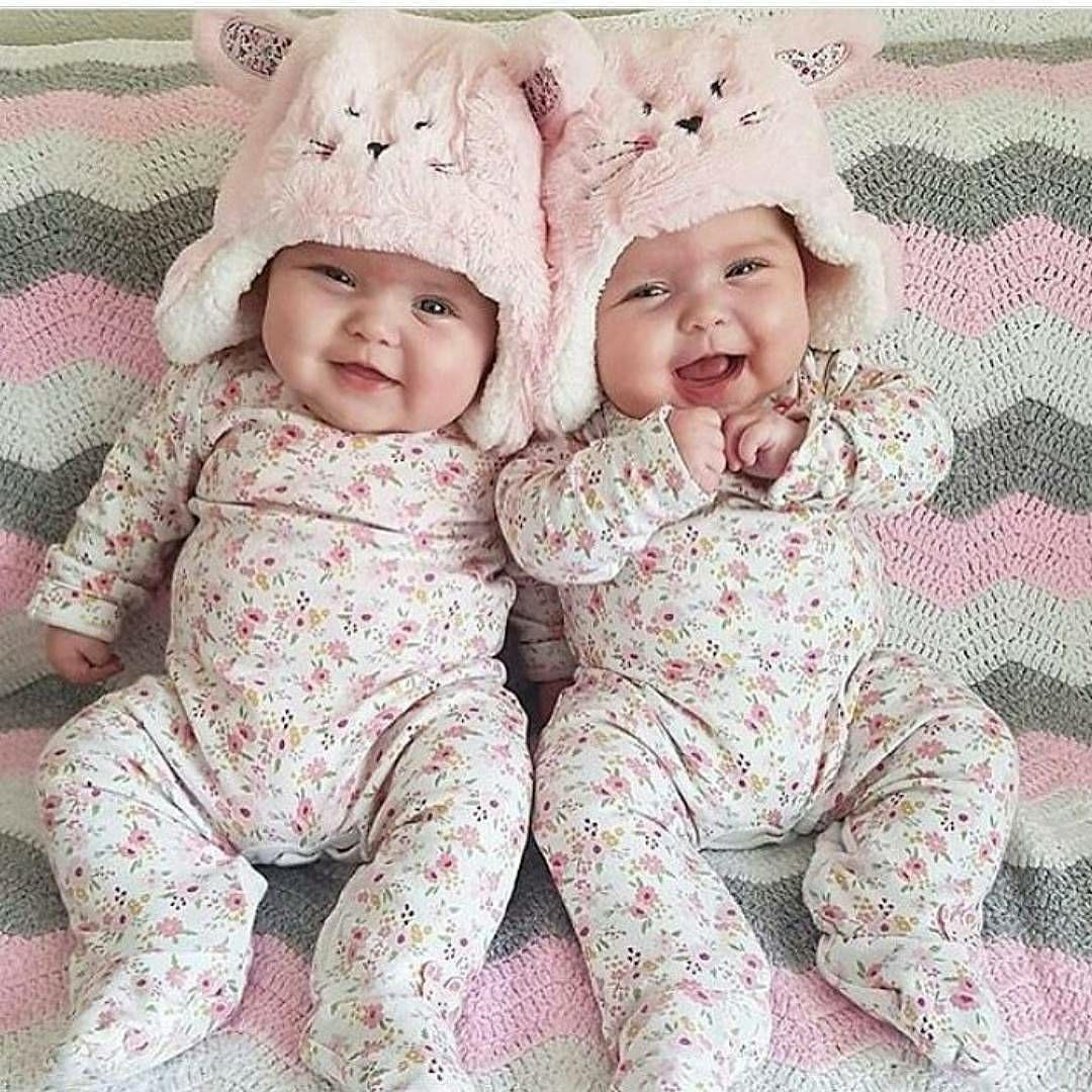 Twins Baby Girls Play /& Sleepsuit Teddy Bear