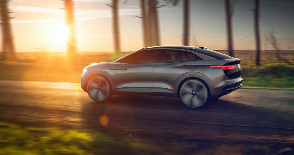 Volkswagen I D Crozz Crossover Concept Glides Into Shanghai Volkswagen Electric Cars Car