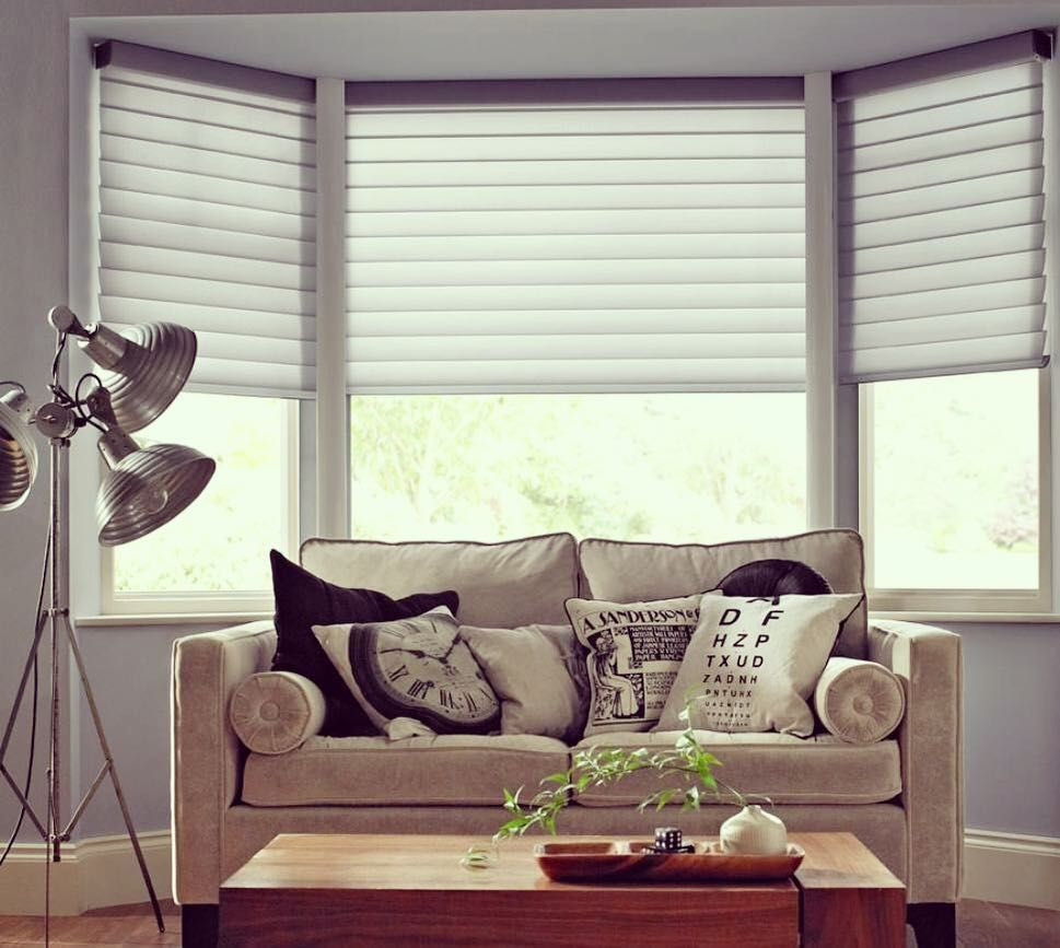 New The 10 Best Home Decor With Pictures Blinds Interiordesign Curtains Homede Living Room Blinds Curtains Living Room Modern Bay Window Living Room