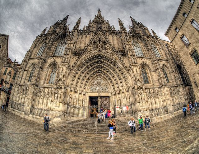 15 Examples Of Surreal Photos Taken With A Fisheye Lens Surreal Photos Fisheye Photography Fisheye Photos