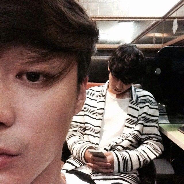 "12.3k Likes, 491 Comments - 로이킴 Roy Kim (@roykimmusic) on Instagram: ""용사여 일어나시오"""