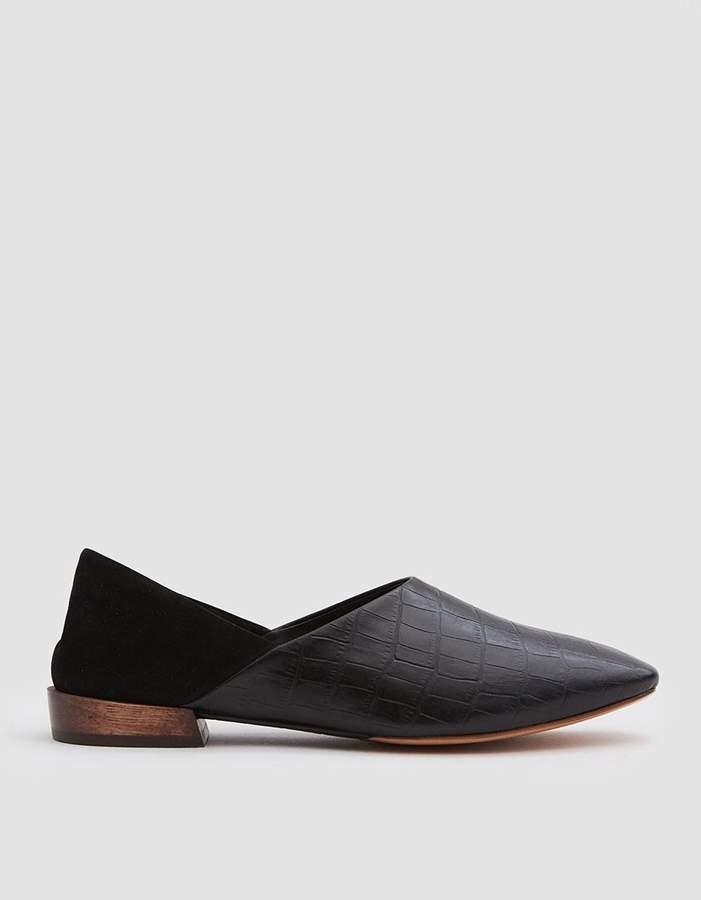 201d45f17 Bunko Slipper in Black Croc