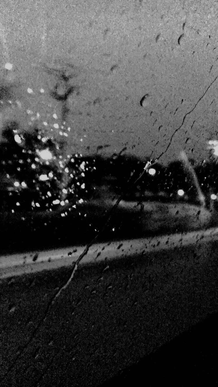 Pin By Pi Mell On Snap Rain Photography Black And White