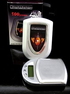 DigiWeigh 500g x 0.1g Pocket Scale DW-500 with Skull Design From SupplyBoys.Com $19