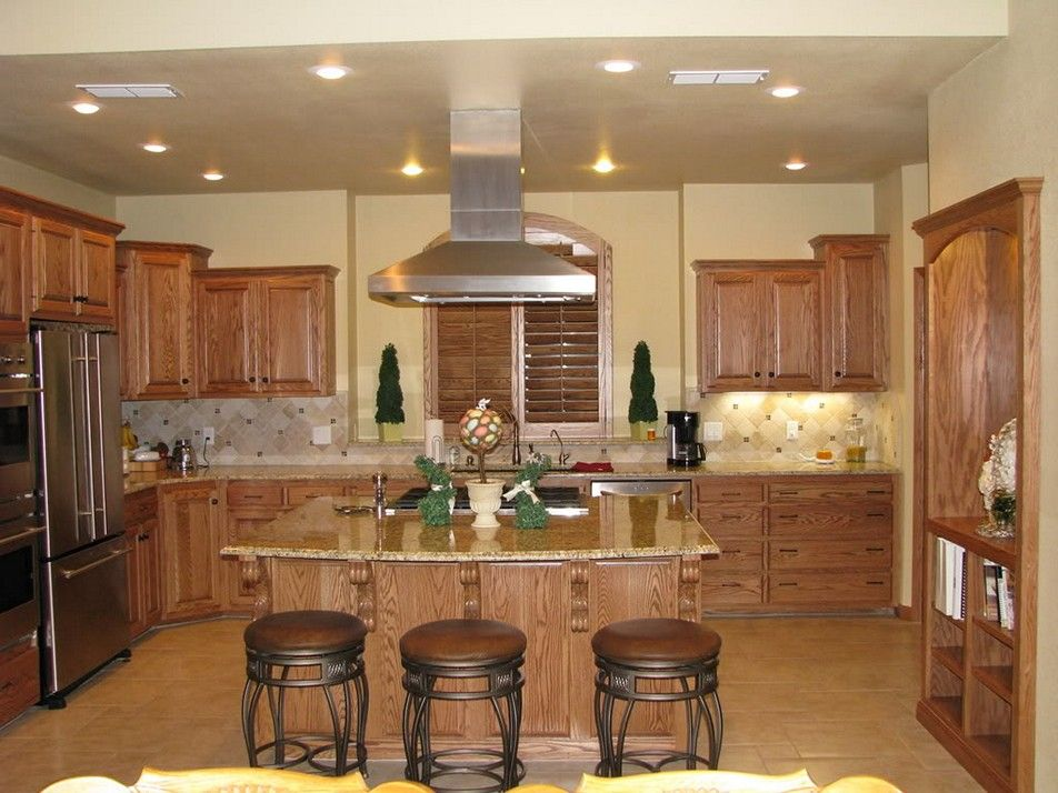 New Venetian Gold Granite With Honey Oak Cabinets Pictures