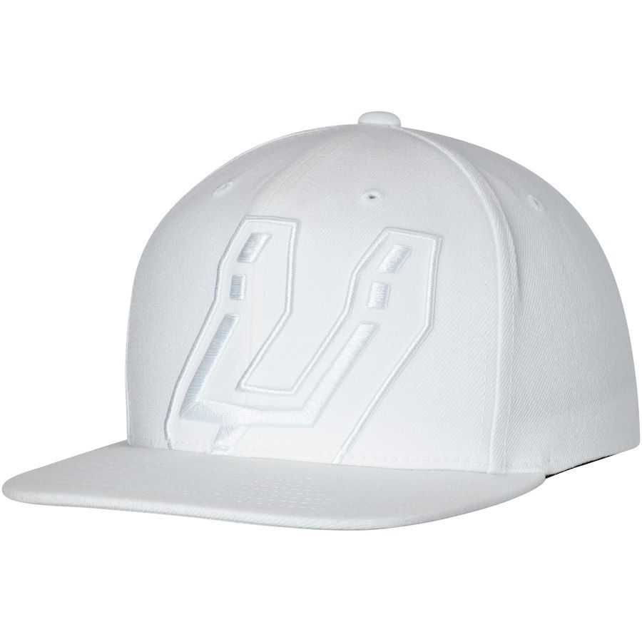online store 7c374 af8a0 Men s San Antonio Spurs Mitchell   Ness White Cropped XL Logo Snapback  Adjustable Hat, Your Price   31.99