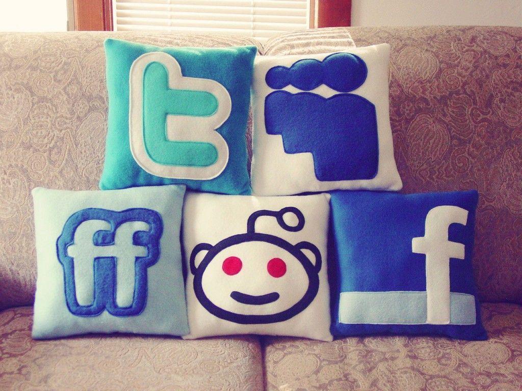 フェイスブック ツイッタークッション
