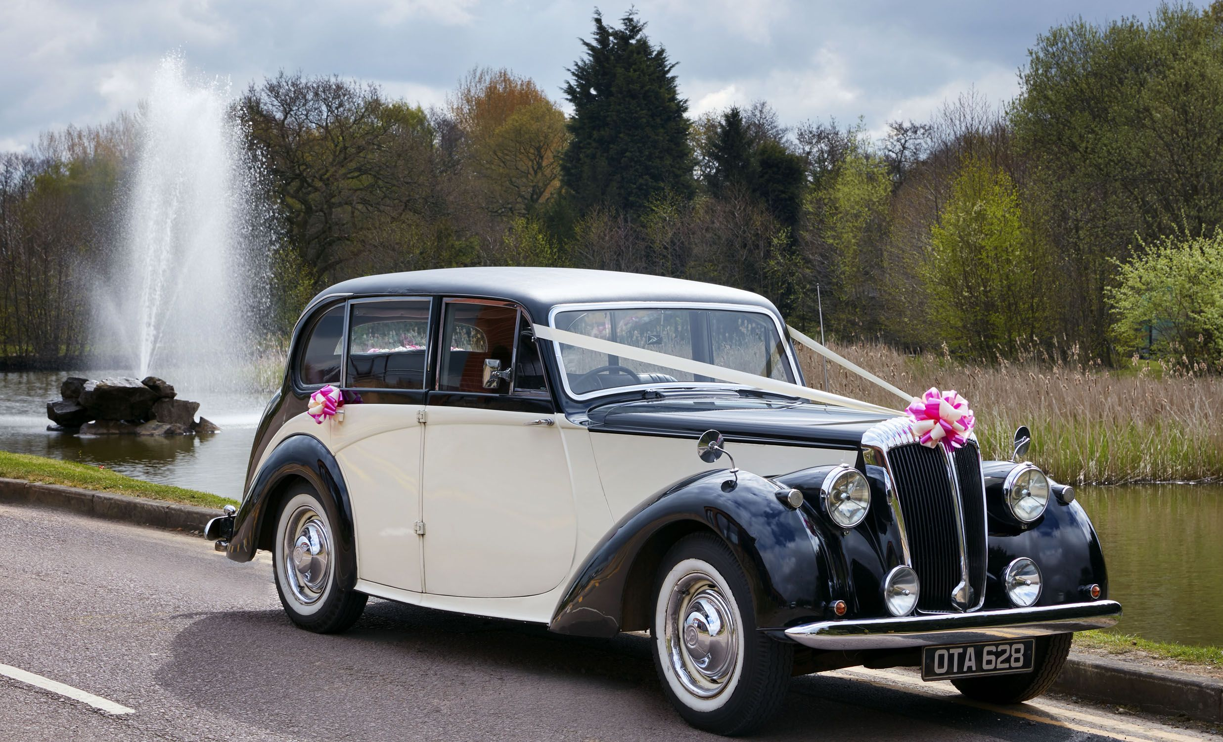 Vintage car hire available at Jurys Inn Hinckley Island Hotel and ...