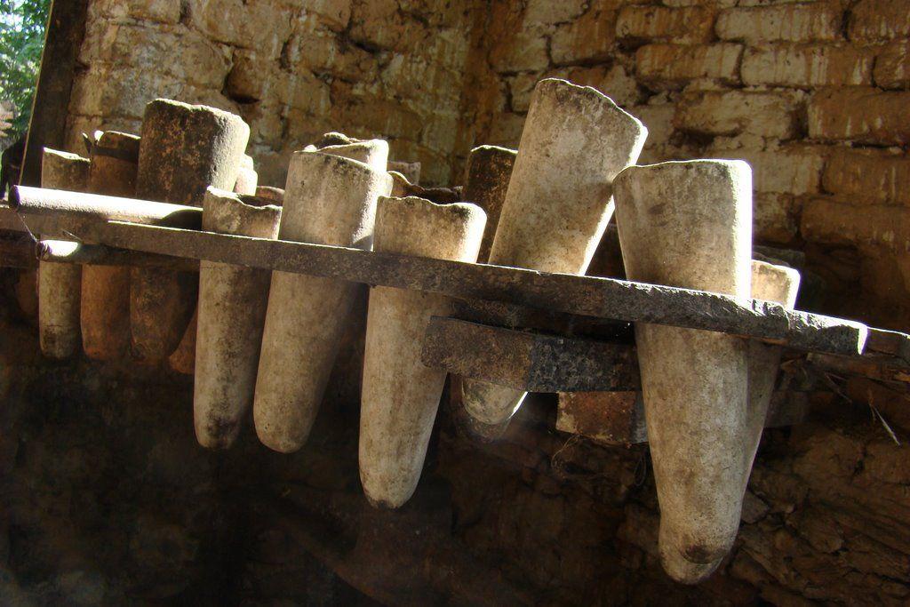 YARACUY, Nirgua. Los moldes del dulce papelón
