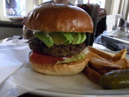 ファイヤーハウス (本郷三丁目/ハンバーガー)★★★☆☆3.59 ■FIRE HOUSE America's Loved Tokyo Otona Burger…