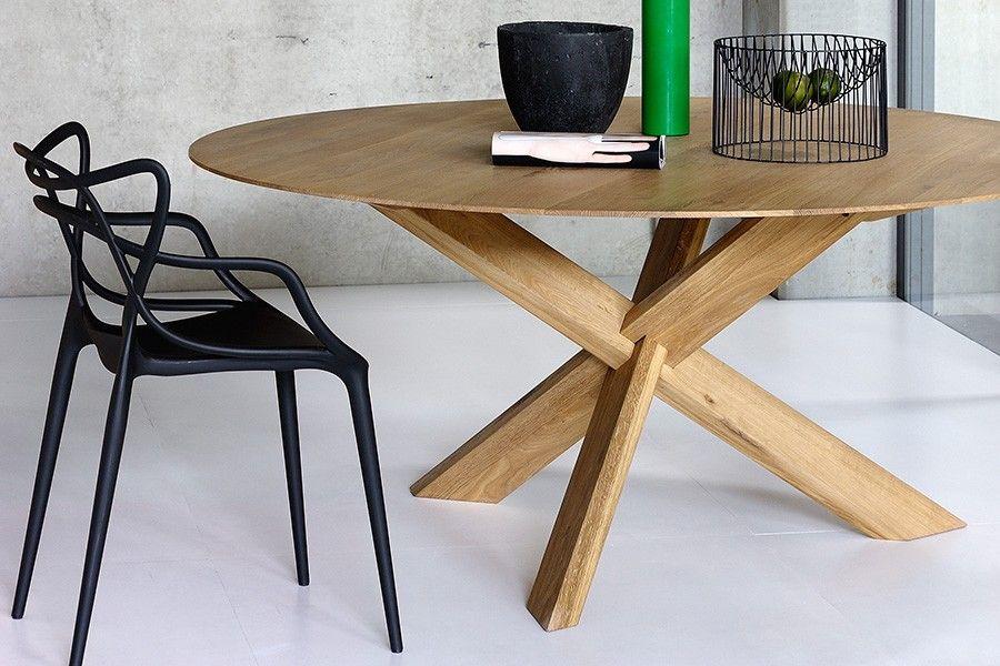 Billede Af Circle Eg Spisebord I Trae Hos Boshop Egetraesbord Mobler Ideer Og Spiseborde