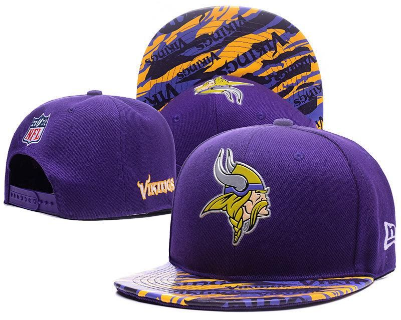 best service a9dcf 71f68 Men s Minnesota Vikings New Era Purple Color Liquid Chrome Logo Rush  On-Field Original Fit 9FIFTY Snapback Hat