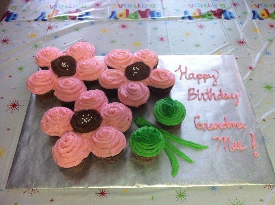 Flower Pull Apart Cupcake Cake Pull Apart Cupcake Cake Cupcake