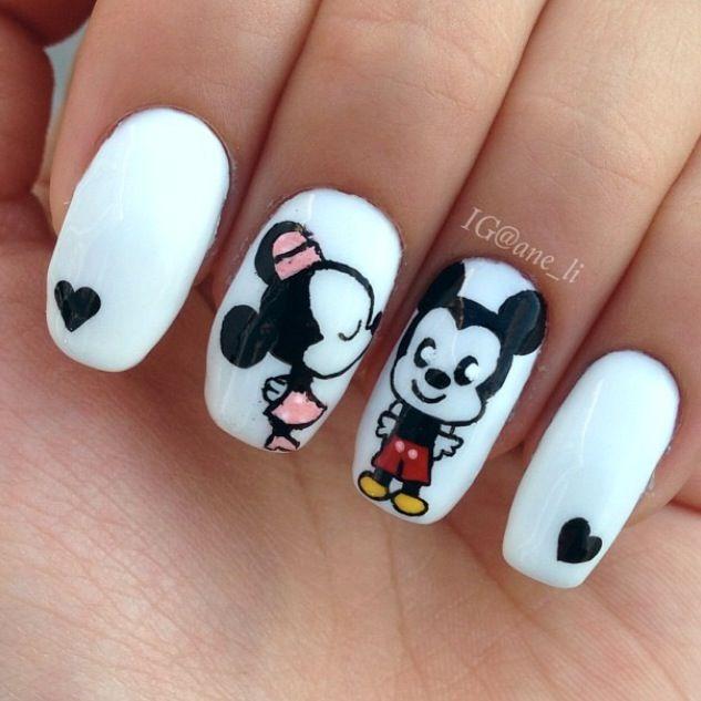Aww cute mickey and mini mouse kiss love nail art   Disney Cruise ...