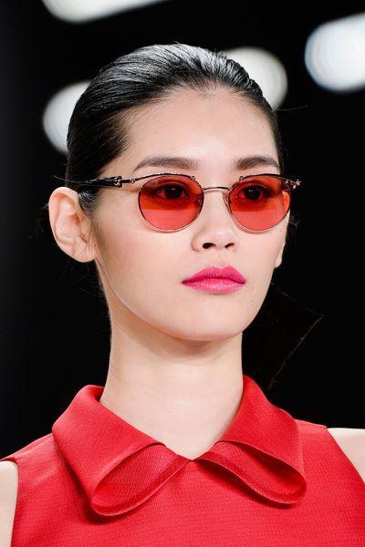 Les plus belles lunettes de soleil de l été 2015 repérées sur les défilés 65d772043f9