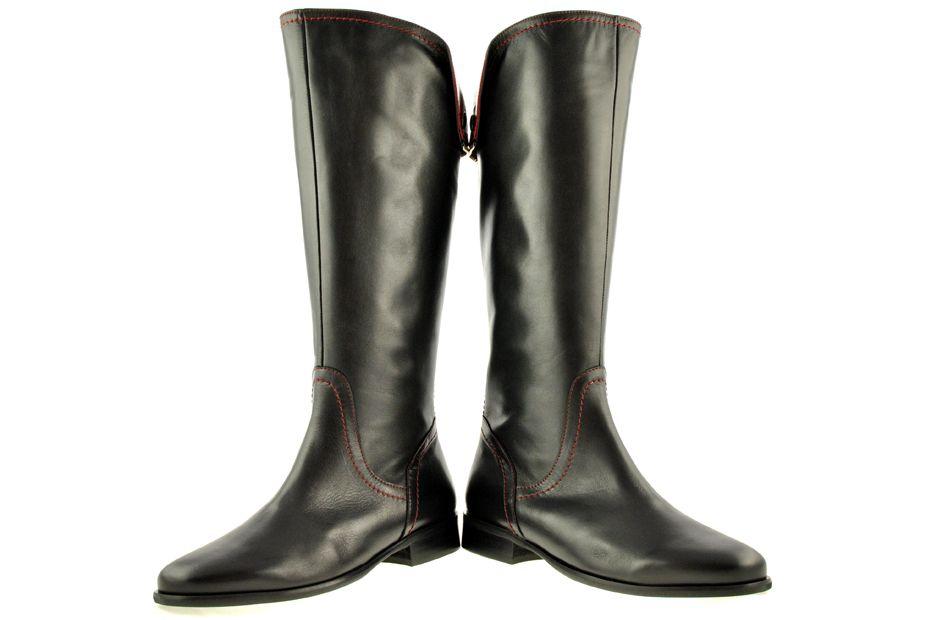 Bota Alta Negra Vuelta Trasera Guinda Bota Alta Negra Tipos De Zapatos Zapatos
