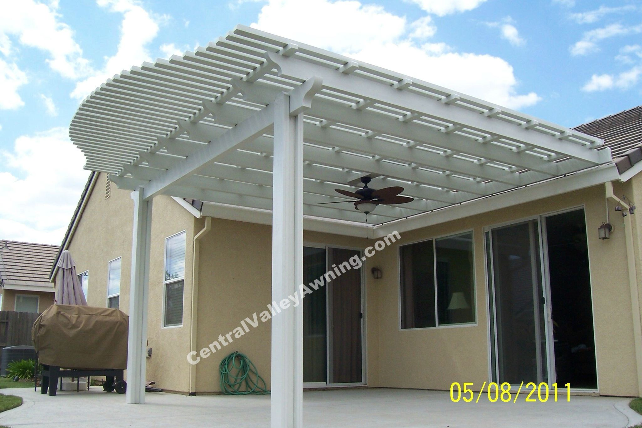 Curved Open Lattice wood grained aluminum patio cover Available