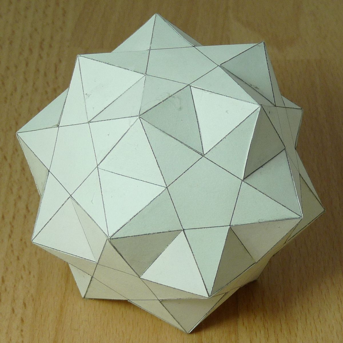 small ditrigonal icosidodecahedron from compendium of Paper Models of Polyhedra site #paper #ornaments #robots