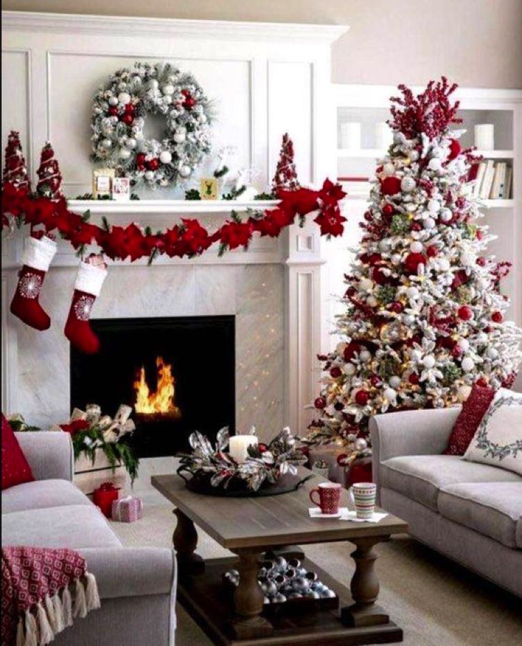 Spotted On Pinterest Cozy Christmas Living Rooms Mosaics Lab Contemporary Mosaic Art Custom Mosaic Artwork Mosaic Tiles Christmas Decorations Apartment Christmas Apartment Christmas Room