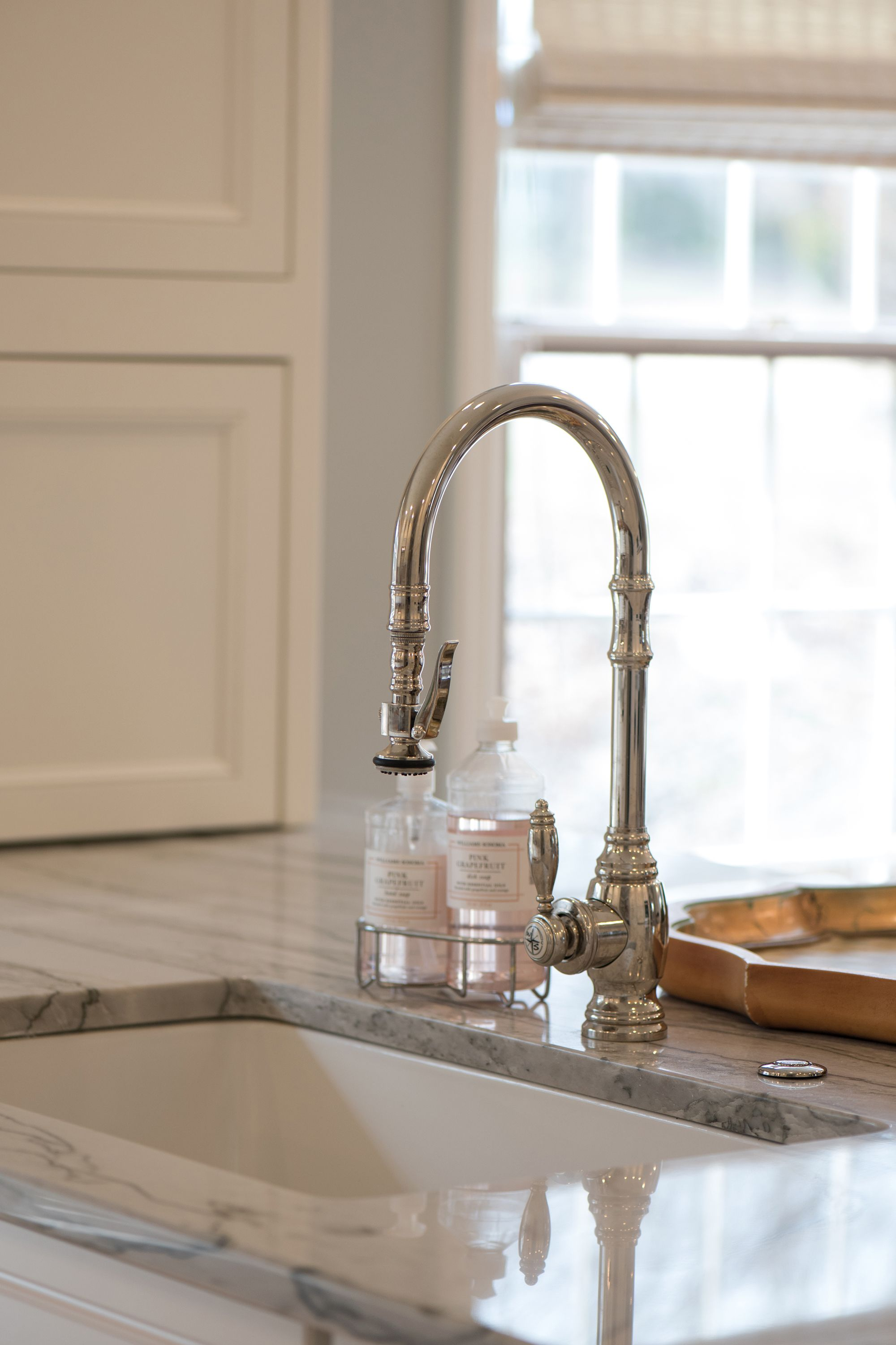 Hollow Drive Project Jarrett Design Waterstone Plp Pulldown Faucet In Polished Nickel Polished Nickel Kitchen Faucet Kitchen Faucet Farmhouse Kitchen Taps